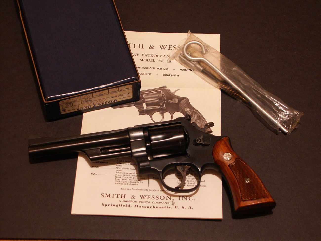 Revolver Smith & Wesson 28-2