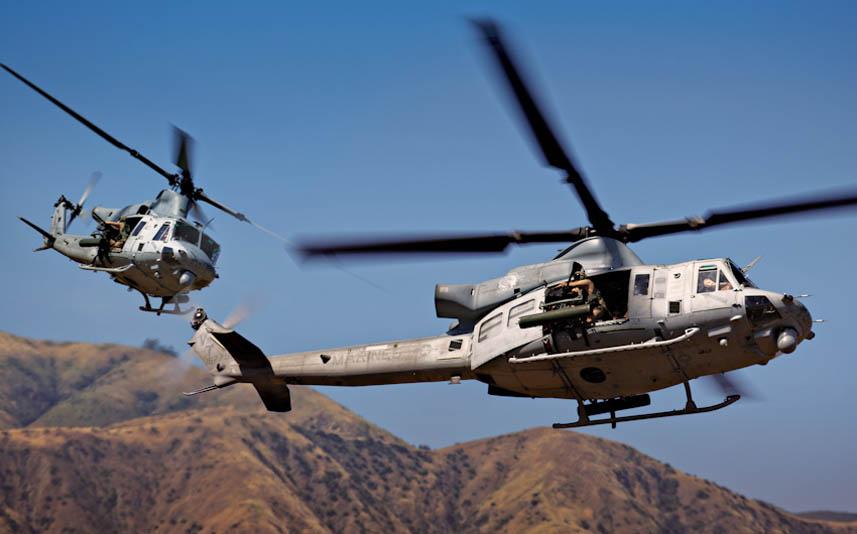 Krásný letový záběr na dvojici UH-1Y Venom US Marines